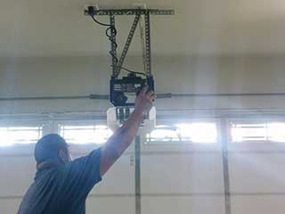 Garage Door Opener Services | Garage Door Repair Gresham, OR